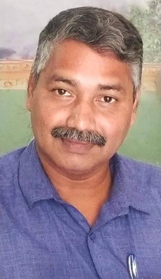 मललायम फ़िल्म के अछे निर्देशक  प्रदीप नारायण और बेस्ट एक्टर नारायणनाथहरपल्ली है