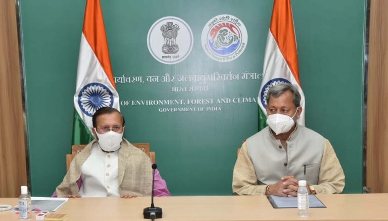 मुख्यमंत्री तीरथ सिंह रावत ने नई दिल्ली में केंद्रीय मंत्री सूचना एवं प्रसारण, पर्यावरण, वन और जलवायु परिवर्तन  प्रकाश जावड़ेकर से भेंट की