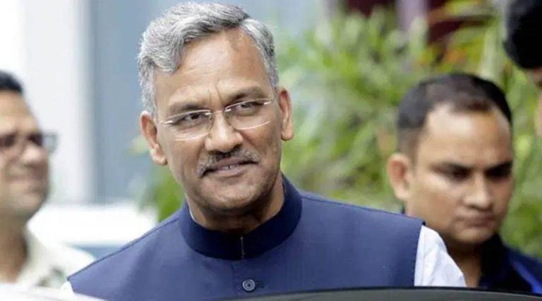 पूर्व सीएम त्रिवेन्द्र दिल्ली रवाना,कई केन्द्रीय नेताओं से करेंगे मुलाकात