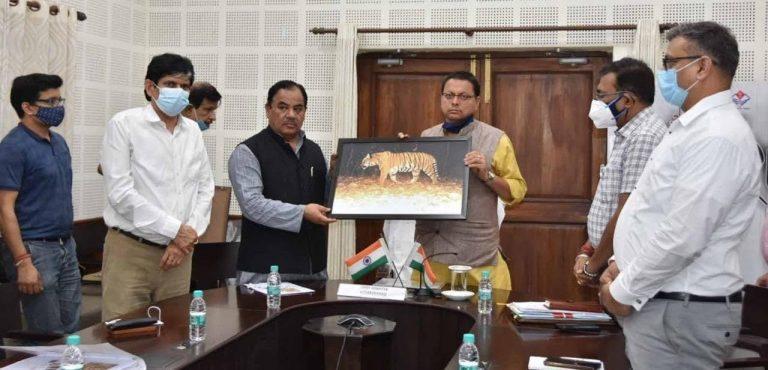 उच्च हिमालयी क्षेत्रों तक टाइगर की उपस्थिति स्थानीय निवासियों की सक्रिय भागीदारी का परिणाम : मुख्यमंत्री