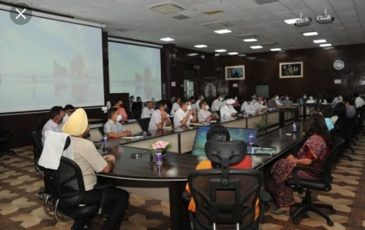 मुख्य सचिव डॉ. एस.एस. संधू ने ऊर्जा विभाग की समीक्षा की