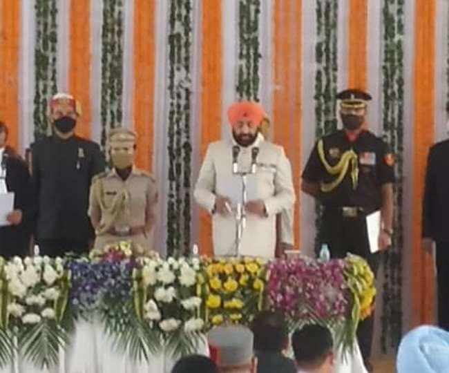 रिटायर्ट ले जनरल गुरूमीत सिंह ने ली उत्तराखण्ड के राज्यपाल के रूप में शपथ