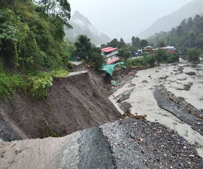 बारिश का कहरः उत्तराखंड में 24 लोगों की मौत